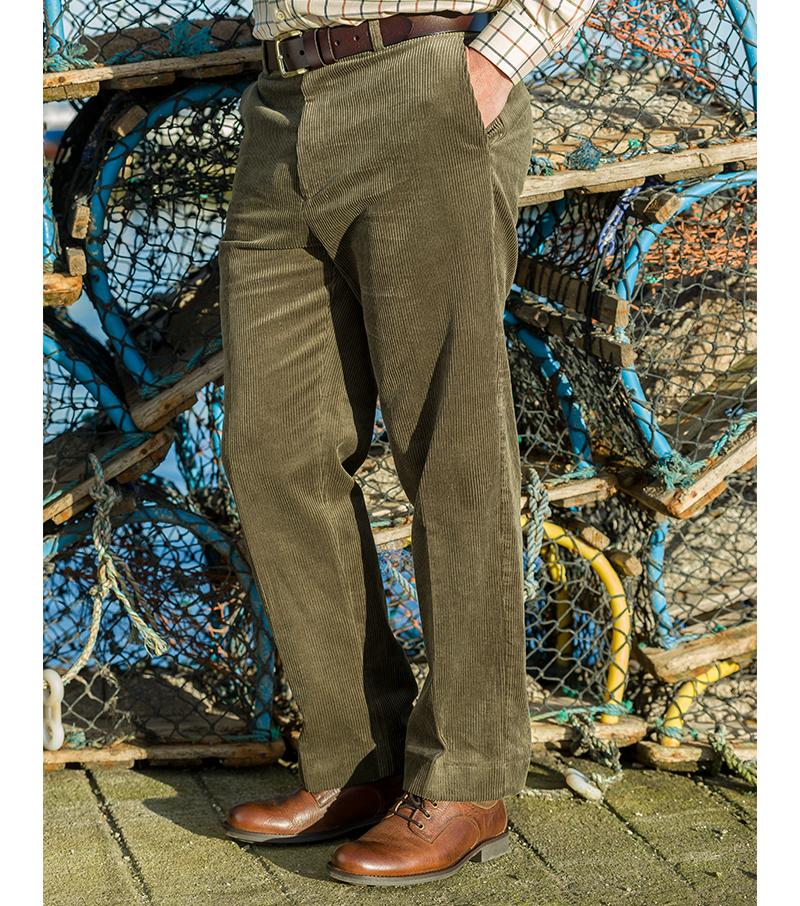 Hoggs Weekender Cord Trouser